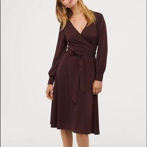 NWOT✨ H&M Créped Wrap-Front Midi Dress (GREEN)